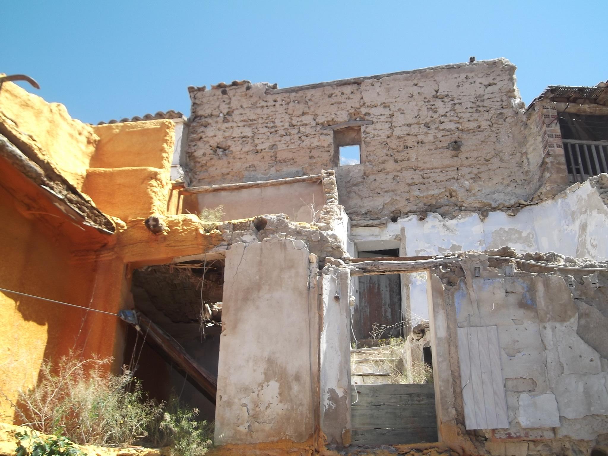 Derribo_edificio_en_calle_San_Esteban_de_Litera_(Huesca)_(3)